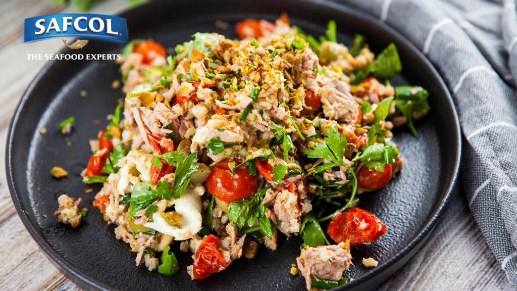 5045 Slow roasted tomato buffalo mozzarella and tuna salad